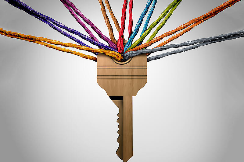 Key with colored threads in the keyhole | Make diversity work